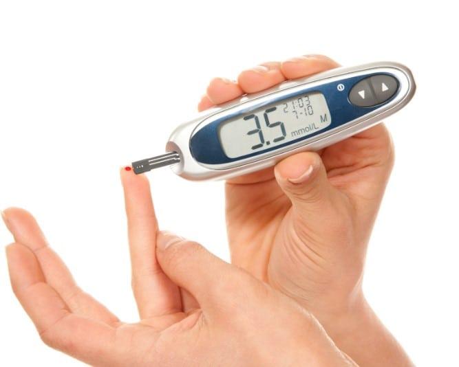 Экспресс анализ на сахар в крови: цена теста полоски для определения глюкозы в аптеке
