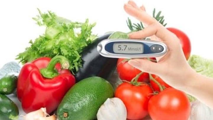 Диета при диабетической нефропатии почек: список продуктов для диабетиков