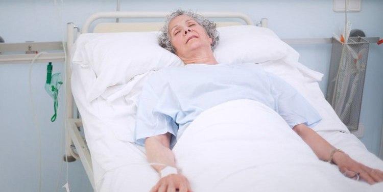Диабетическая кома: симптомы, неотложная помощь, лечение, последствия