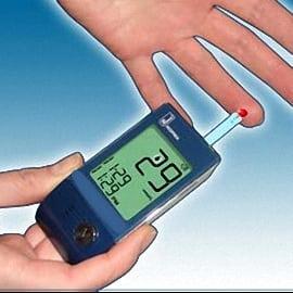 Как измерить сахар в крови глюкометром после еды?
