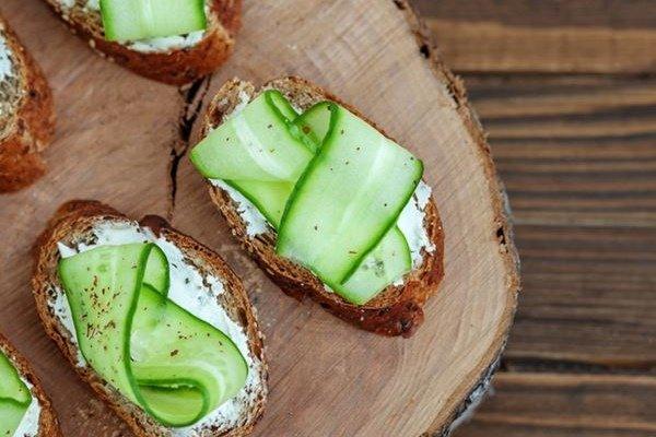 Завтрак при диабете 1 и 2 типа: каким должен быть, вкусные и полезные рецепты